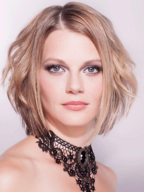 Unsere Top 25 Blonde Mittellange Frisuren Platz 15