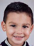 Maxim. детские стрижки для мальчиков фото 2012.