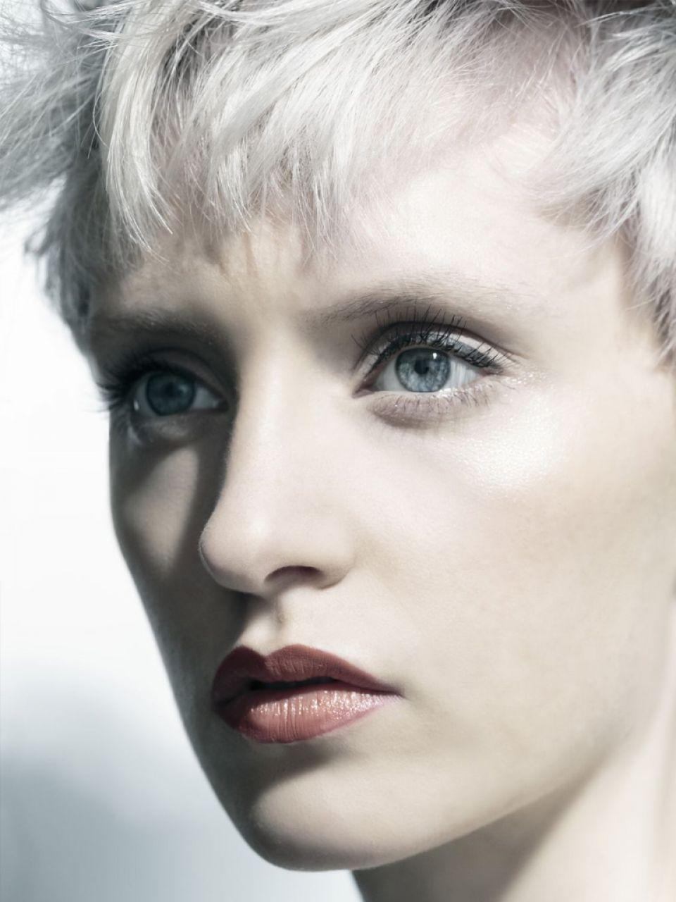 Graue fransige Haare Damen | Friseur.com