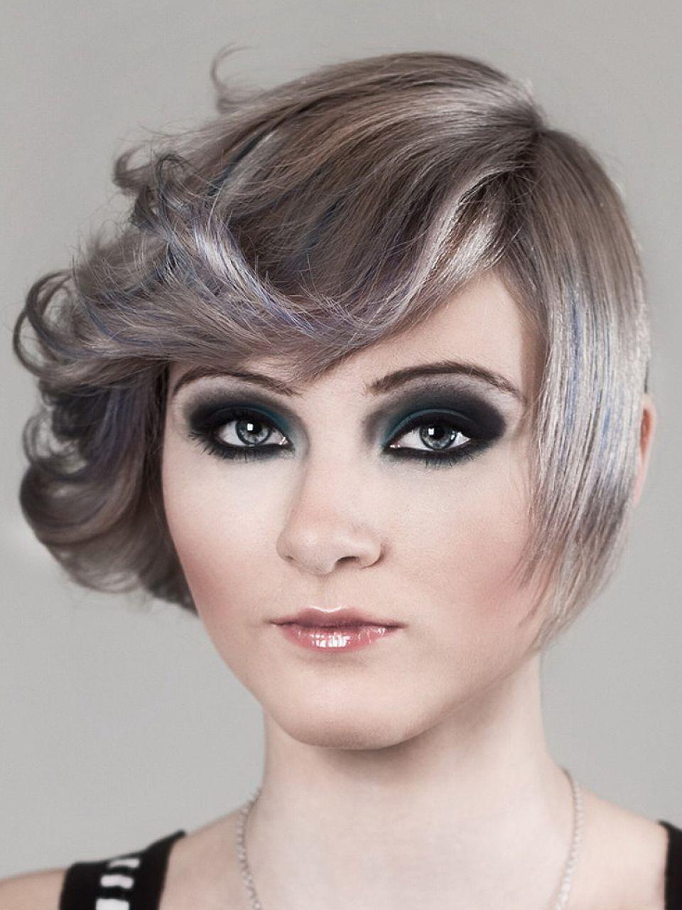 Damen grau haare kurze Frisuren Kurze