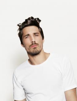 Locken / lockige Haare Männer  Friseur.com