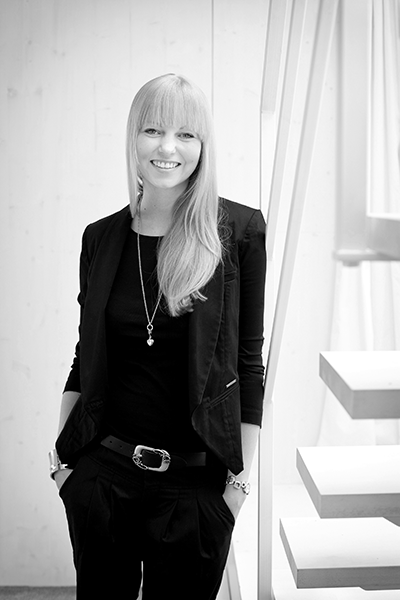 cindy mader wird tigi head of marketing europa. Black Bedroom Furniture Sets. Home Design Ideas