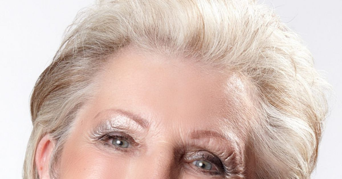 Damen grau haare kurze Frisuren Frauen