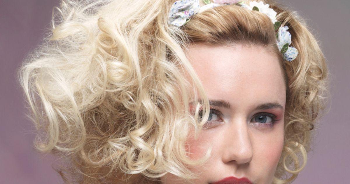 Frisuren fur halblange gelockte haare